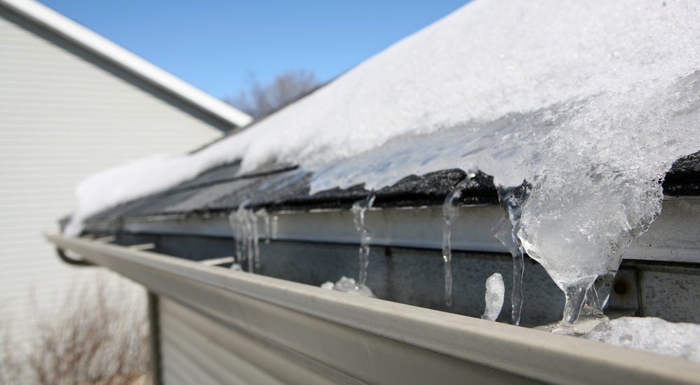 can you replace a roof in the winter?